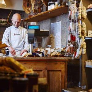 Ostesmagning og vinsmagning hos Grand Fromage